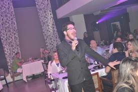 Felipe Catão animando a noite de quem prestigiou os cinco dias de evento